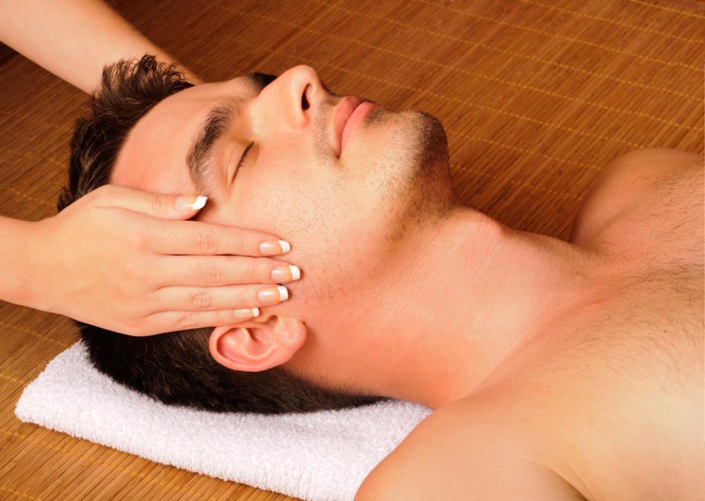 Man-getting-a-face-massage