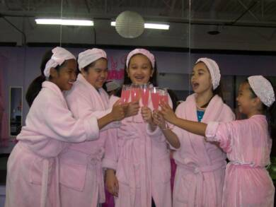 girls-birthday-party-oakland-county-michigan-chubby-xlebony-mom-nudeimage